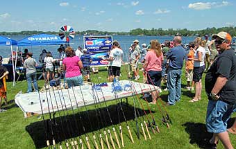 A big crowd and tons of great prizes await the kids at the 2008 TBF of Michigan Jr state championship on Lake Nepessing