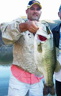 Giant Lake Comedero Mexico female bass fell for a Rebel Pop'R.