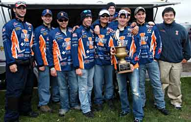 University of Illinois bass fishing team wins the 2010 Big Ten bass fishing championship on the St Clair River with a 3 2-angler team 25.91 pounds of bass