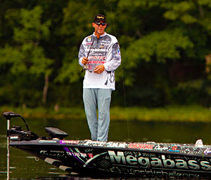 Aaron Martens holds down 2nd place at the All-Star Semi-Final field after day one on Lake Jordan