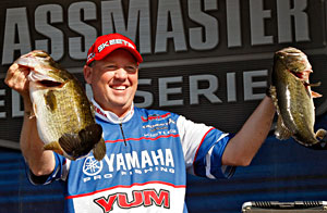 Alton Jones contines to lead the Power-Pole Citrus Slam on the St. Johns River