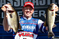 Texan Alton Jones leads day one BASS Elite Series 2011 on the St. Johns River with 26 pounds 9 ounces