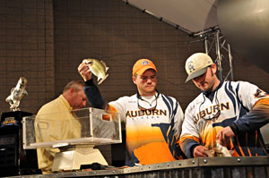 Auburn University team anglers weigh-in during the 2010 Bassmaster College Classic