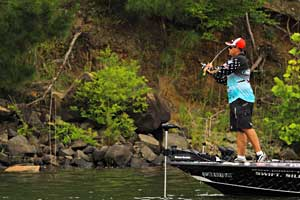 Elite angler Chris Lane grew up close to the Harris Chain, site of the upcoming 2011 Bassmaster Elite Series event