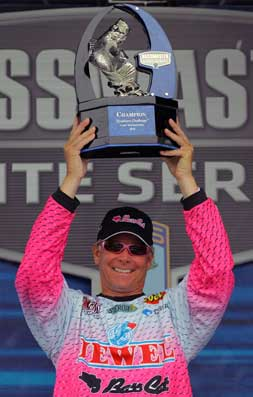 Bass pro Kevin Short of Mayflower, Arkansas says nobody's safe among the points leaders in the BPS Bassmaster Northern Open race for the 2011 Bassmaster Classic