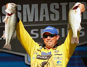Elite angler Bobby Lane talks about finishing 2nd place for the second time in the 2011 Bassmaster season