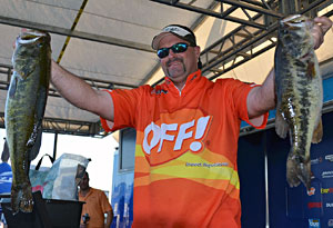 Florida pro Chad Prough maintains his FLW Tour lead for the third day of competition