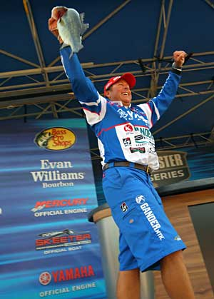 Dean Rojas with a big kicker largemouth bass during his victory at the 2011 Toledo Bend Trokar Battle on the Bayou