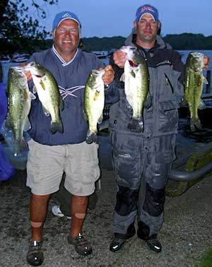Ed Dyer and Matt Endres take 2nd place at the June 10, 2011 Reeds Lake NBAA Division 37 tournament with 14.68 pounds