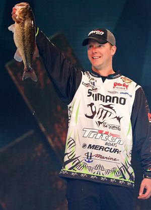 Cold weather gave Jonathon VanDam equipment problems though he hales from Michigan but he still managed a respectable 23rd place in his first Bassmaster Classic