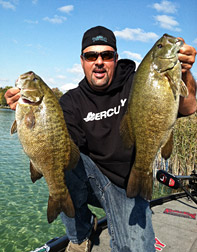 Mark Zona presents Giant Smallmouth Techniques, the seminar Friday, January 11, 2013 at 2PM on Lake Ultimate at the Ultimate Fishing Show Detroit