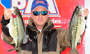 Paul Marks of Cumming, Ga., leads the PAA Tournament Series on Lake Lanier with 30.52 pounds going into the final day