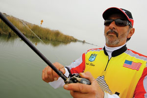 Pro bass angler Paul Elias joins the Pinnacle Fishing team for 2010