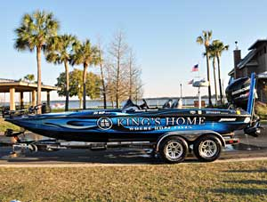 Elite angler Randy Howell is raffling off his wrapped bass boat for charity to benefit Kings Home