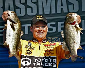 Terry Scroggins holds down 3rd place at the Power-Pole Citrus Slam on the St. Johns River