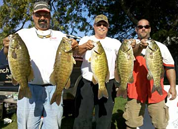 The team of Hardy Tulgestka and Ted Prisbe settled for 2nd place despite this huge 27.81 pounds limit of Lake St Clair smallmouth bass caught during the October 9, 2010 Monsterquest