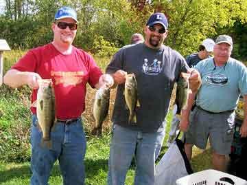 Fall DK Open 2007 champs djkimmel & fowlmouth with other members enjoying great fall bass fishing