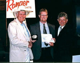 Dan Kimmel at the 2001 Wal-Mart BFL All American with Forrest L Wood and Dan Grimes